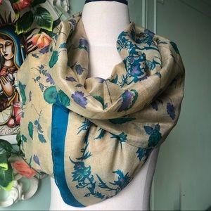 2 scarves x 40$ ❗️Cream&Blue floral silk scarf